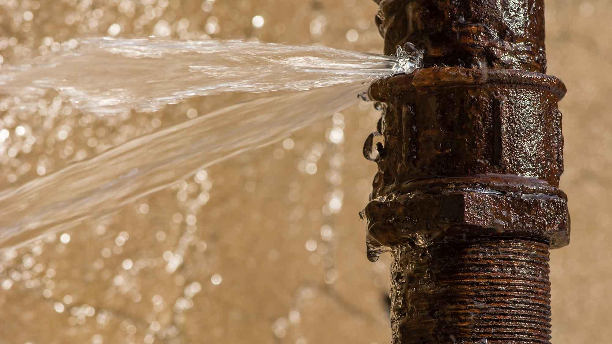 burst pipe repair essex maintenance leigh on sea leak