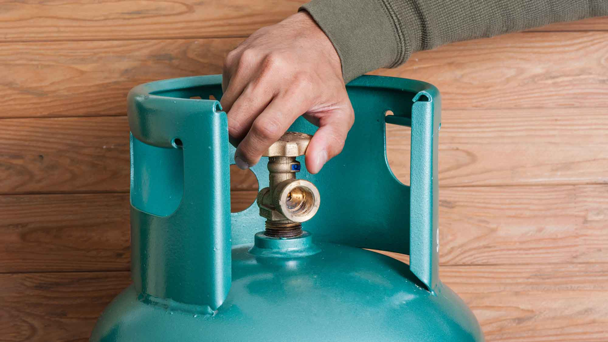 lpg boiler engineer essex maintenance leigh on sea close up